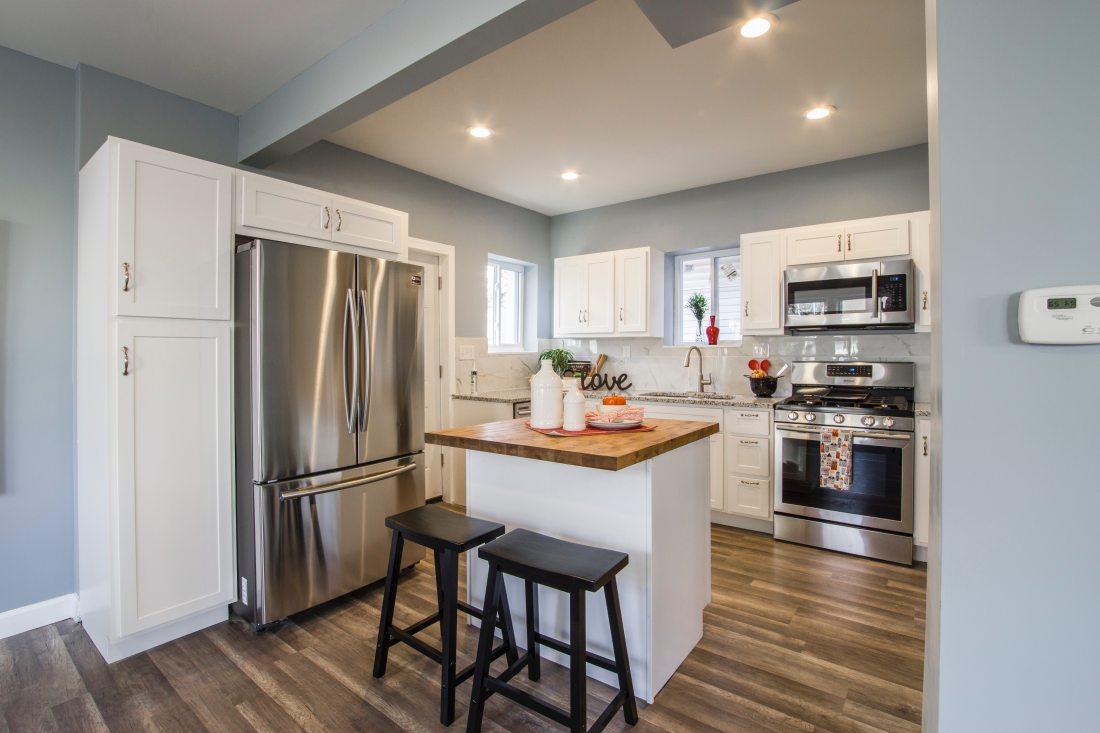 apartment-architecture-bar-stools-1663263
